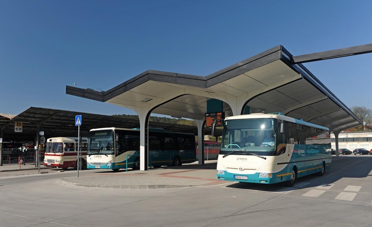 Modernizácia autobusovej stanice v Nitre po - Kam v meste  c99a4a37191